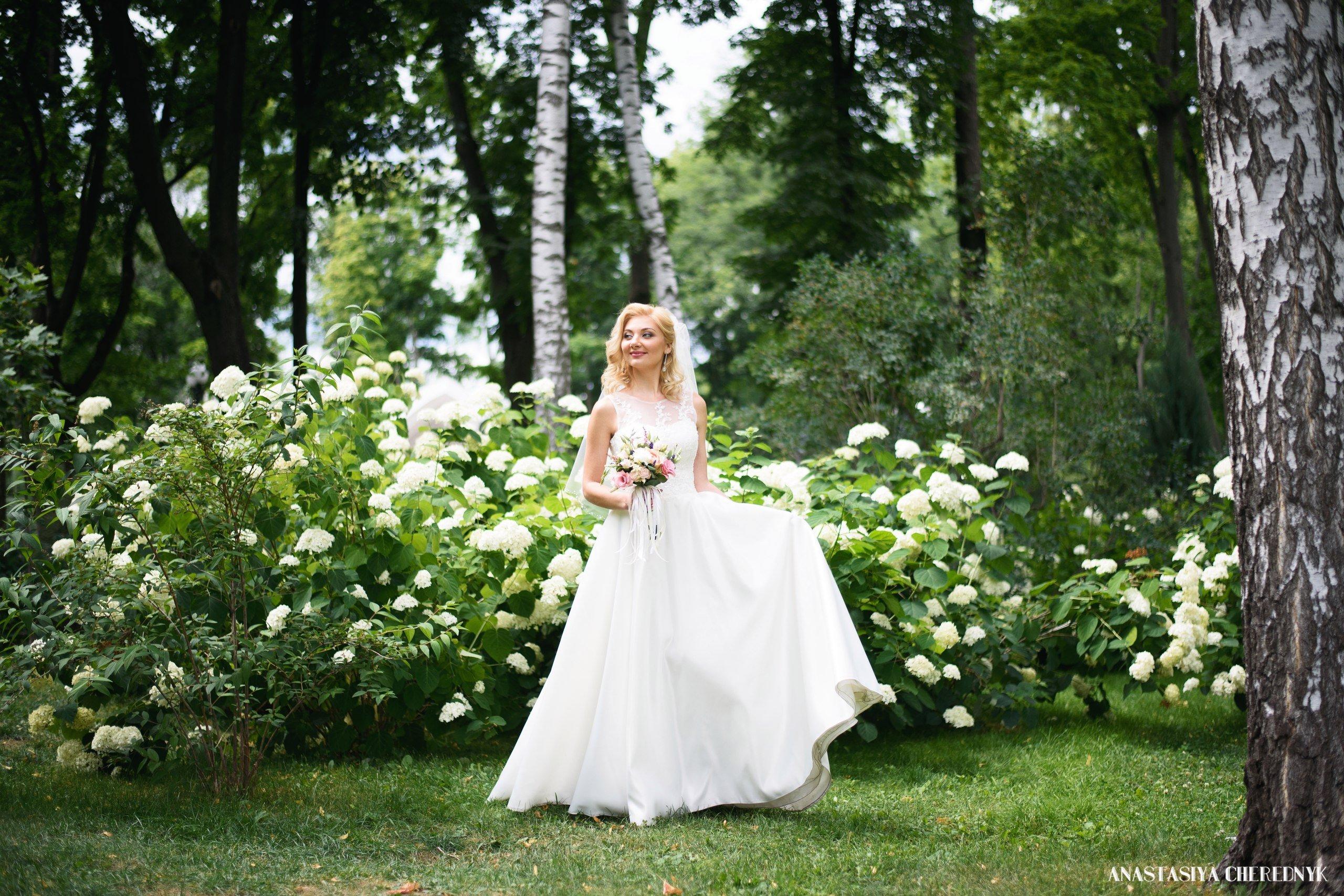 соборе, свадебные фотографы в харькове с ценами омбре