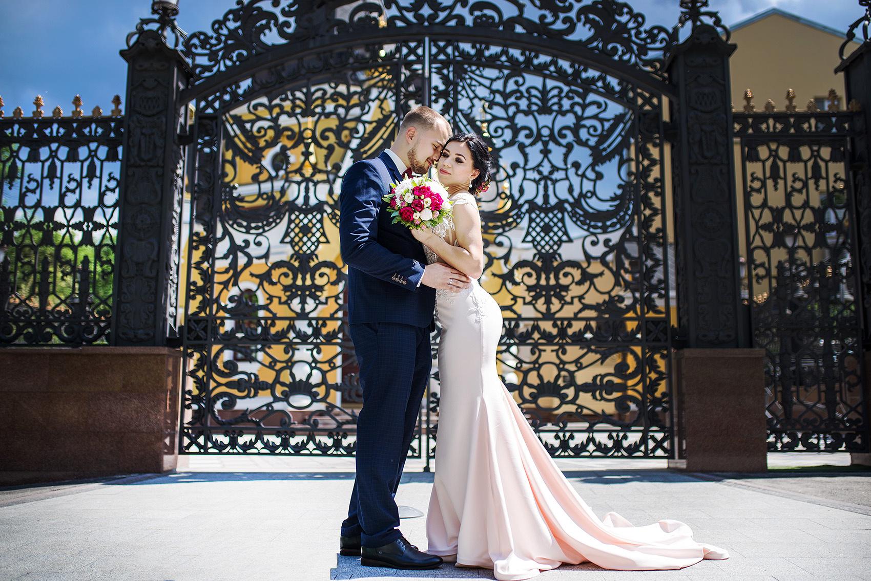 свадебные фотографии в харьков пэлэс функционирование практически любой